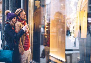 【もうすぐクリスマス♡】シーン別プレゼントをおねだりするときの注意点3つ。