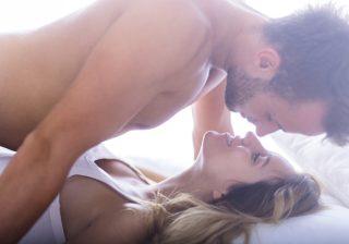 実はイッたふりしてる…!? 女性の本音「彼氏とのセックス満足度」