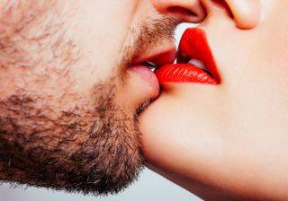 グロスでベタベタがエロい。男が発情するセクシー唇メイク 女は心で濡れる #19