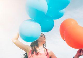 青は知的、赤はエネルギッシュ。あなたの印象が変わるカラー術♡ デキるOLマナー&コーデ術 #4