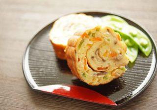風邪をひきやすいあなたに。ネギを加えて伊達巻をアレンジ! 『彩り野菜の伊達巻』。