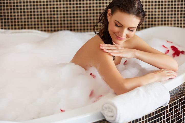 お風呂や運動で汗を流して体をリセット。