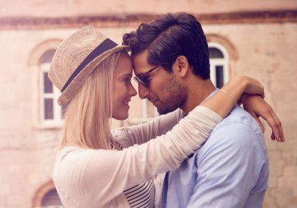 男のアレを掻き立てる! 好きな人の前でこそできないふりをするべきワケ 過去のリアルから学ぶ恋愛 #21