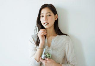 ミントチョコは定位置に…女優・新木優子のチョコ愛!