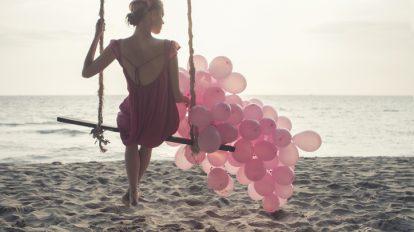 イタいアラサーと呼ばせない! 大人女子に似合うピンクの選び方・着こなし …