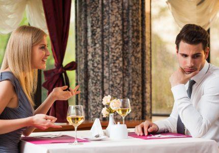 マジつまんねぇ~な。男が30秒で退屈する女性の会話3選