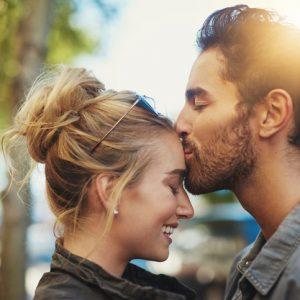 結婚するならどっち? 年上・年下カレのメリット・デメリットとは|リアルな夫婦生活 ♯15