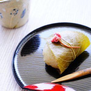 レンジで簡単レシピ! 桜の季節に食べたい和菓子『関西風桜餅』♪