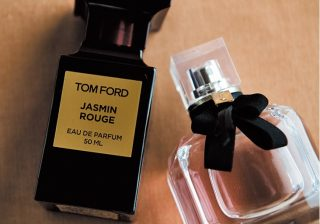 洋服を脱ぐことを想像しながら…男性を魅了する香水の付け方