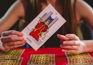 カードが暗示「彼女は復縁できるのか?」|12星座連載小説#17~魚座2話~