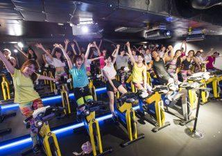 【まさに大人の遊園地】最先端のVRサイクリングで、プリッと「#美ップ女子」体験