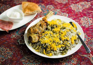 とろける羊肉~♪ イランの家庭料理店で優しいスパイスを味わう