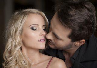 【男がついキスしちゃう…】美人じゃないけど「そそられる」女の特徴3つ