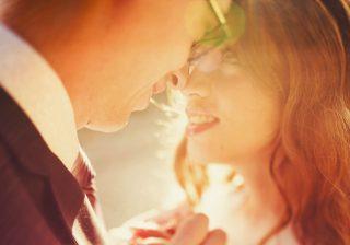 【目に注目…!?】男が「本気で愛する女」にしか見せない日常サイン