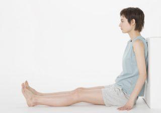 オフィスで座りながら美脚を目指す! 下半身ほっそりエクササイズ
