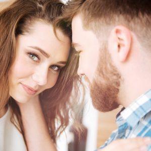 【あ…あざとさMAX】初デートで「付き合いたい」と思われる女の特徴