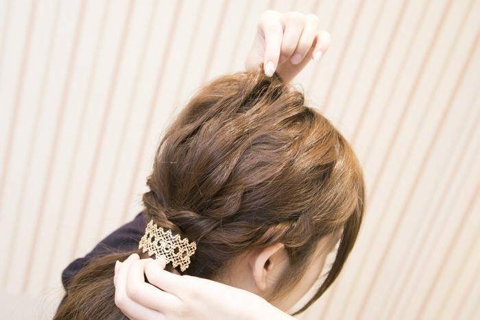 10:お好みのヘアゴムを結びバランスを整え、完成♡