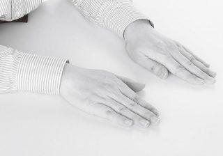 """デート帰り、彼の手が湿っていたら◎? """"手""""で読み取る相手の気持ち!"""