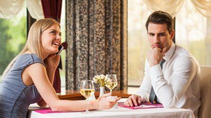 【アレを見るとうんざり】2回目のデートに誘いたくなくなる女性の特 …