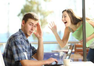 【どーんとドン引き!】婚活をしている女性に引いてしまう男性心理3選