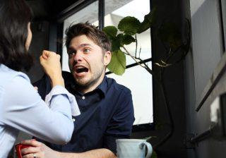 付き合うんじゃなかった…男性が「面倒と感じる女」の特徴3つ