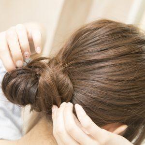 明日の髪型どうする?5分で簡単「まとめ髪」 梅雨ヘアアレンジ #26