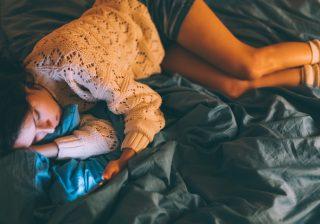 眠りのプロが解決! 不安やイライラで眠れない夜のグッスリ対策
