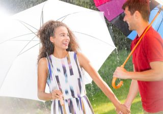 梅雨の時期こそ外出を…♡雨の日でも楽しめる「インドアデート」3つ