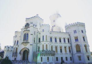 【気分はプリンセス!】チェコで一番美しいフォトジェニックなお城に行った!