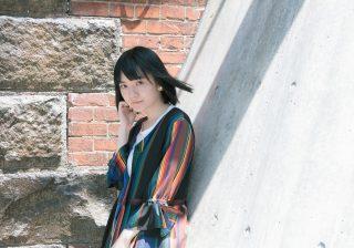 小島藤子、あまりの怪しさに驚く! 全員がアンドロイドの映画…