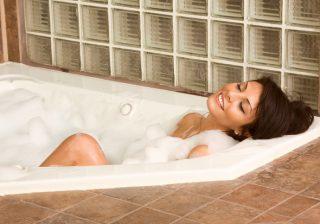 【簡単!】ただ温まるだけじゃない、幸せになれるお風呂の入り方って?