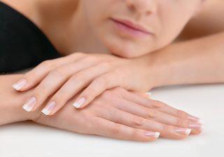 爪の白い斑点は何?…運気UPにも繋がる指先に現れる予兆