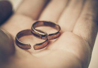 【所詮他人だから…】円満夫婦が「急転直下で破綻した」体験談2つ