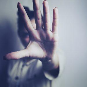 【知らないと怖い風水…】「人間関係を破壊する」家の特徴4つ