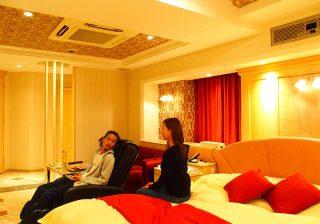 【10日間ラブホ生活 in大阪】旅館みたいな露天風呂もあってサービス満点!