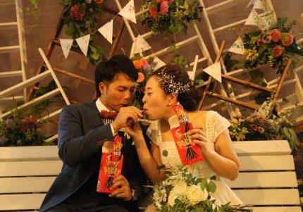 【参加者全員HAPPY♡】ポッキーまみれの「幸せ結婚式」を覗き見!