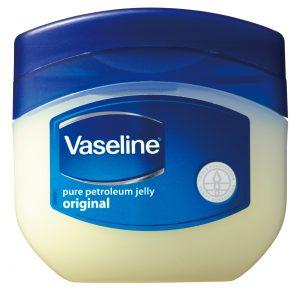 【マスカラの…!?】肌保湿ケアだけじゃない! ヴァセリンの意外な活用法|STOP! 大間違い美容 #7