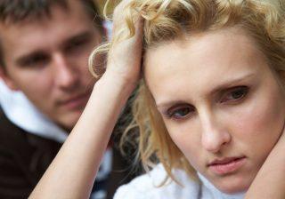 毎月イライラしちゃう…PMS(生理前症候群)の対策に知っておきたい睡眠とお風呂の関係。