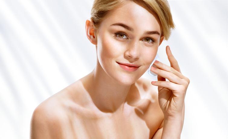 ティッシュで美肌 今日からできる簡単美容法…男性が触りたくなる肌へ