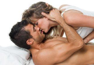 耳、乳首、そして…男が「彼女にじっくり舐めてほしい」あの部分4つ