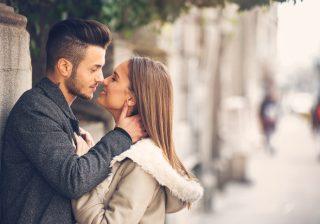 顔色冴えねーな…男が拒絶するくすみ肌を生む「NG習慣」5つ