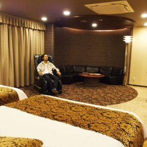 【10日間ラブホ生活 in 福岡】海の見えるお部屋でロマンチックデート