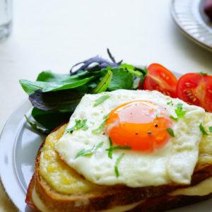 「うま!」彼大絶賛…おうちデートの翌朝に「簡単朝食パンレシピ」