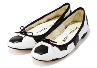 """W杯間近! あの人気靴ブランドに""""サッカー""""モチーフ登場"""