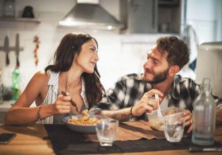 長続きしたいなら…家庭をアレと考える「仲良し夫婦の秘訣」