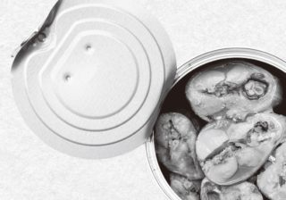カルシウム不足にサバ缶がおすすめ! イソフラボン、ビタミンDなどとともに摂ろう。