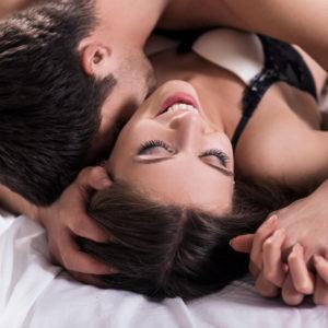 アソコがゾクゾクする…?男が驚いた「彼女の性感帯」4つ