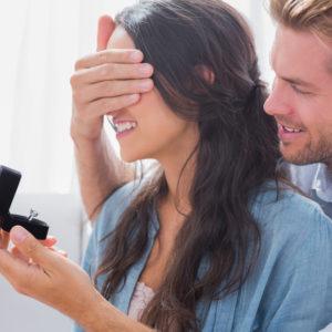 男性が暴露…!トントン拍子で「結婚に至る女子」の特徴4つ