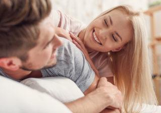 もう帰したくない…お泊りデートで「彼女に惚れ直した」瞬間4つ