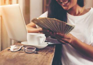 小銭の扱い方に注意!「お金に愛される女」になる3つの習慣